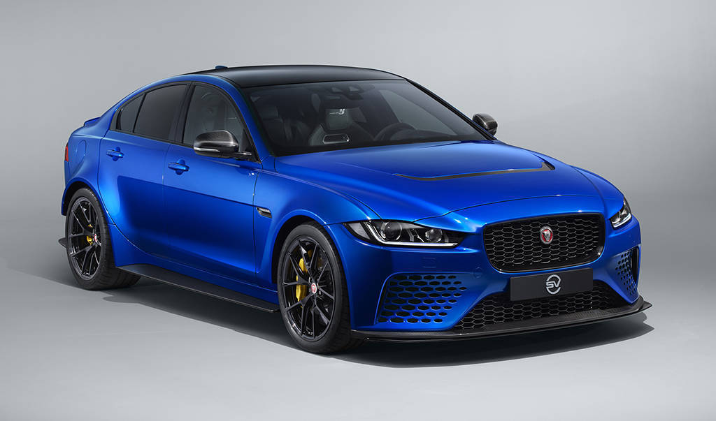 Седан Jaguar XE SV Project 8 Touring specification 2019