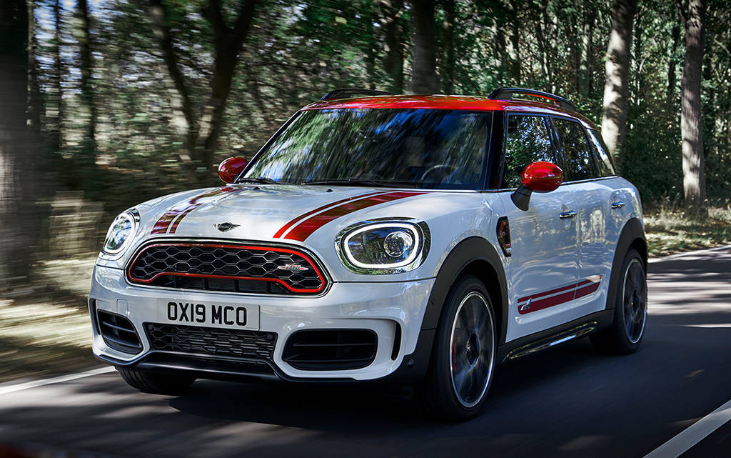 Универсал Mini Clubman JCW  и кроссовер Mini Countryman JCW 2019-2020
